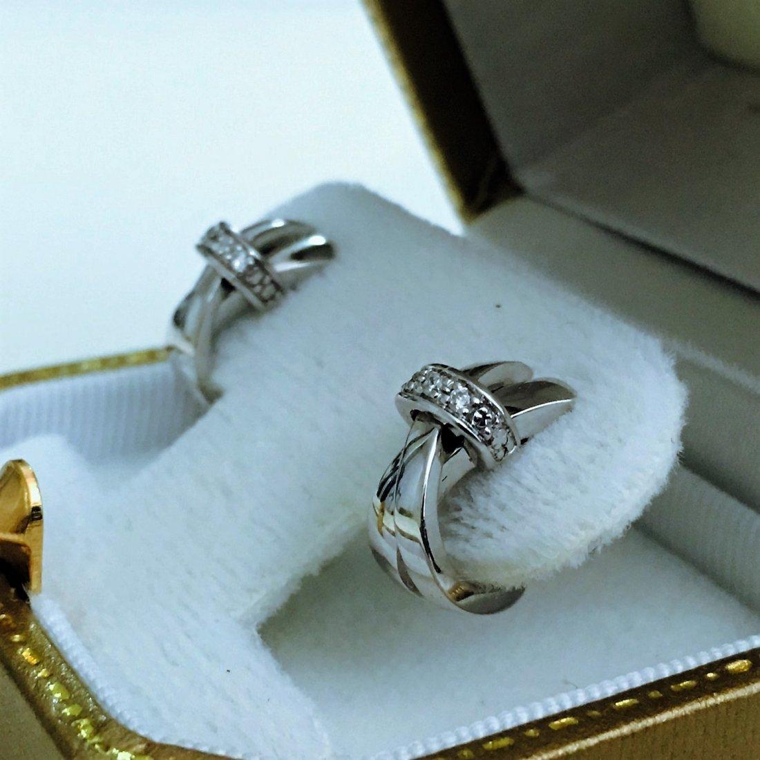 18K WHITE GOLD AND DIAMOND EARRINGS. (GUY LAROCHE) - 2