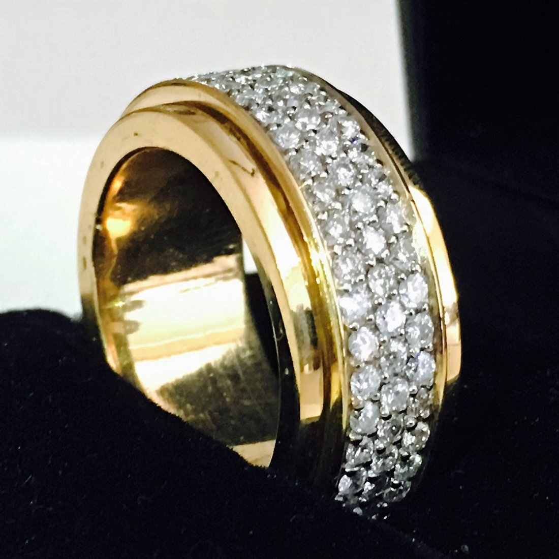 18k Yellow Gold, 4.50 Carat VVS Diamond Ring - 5