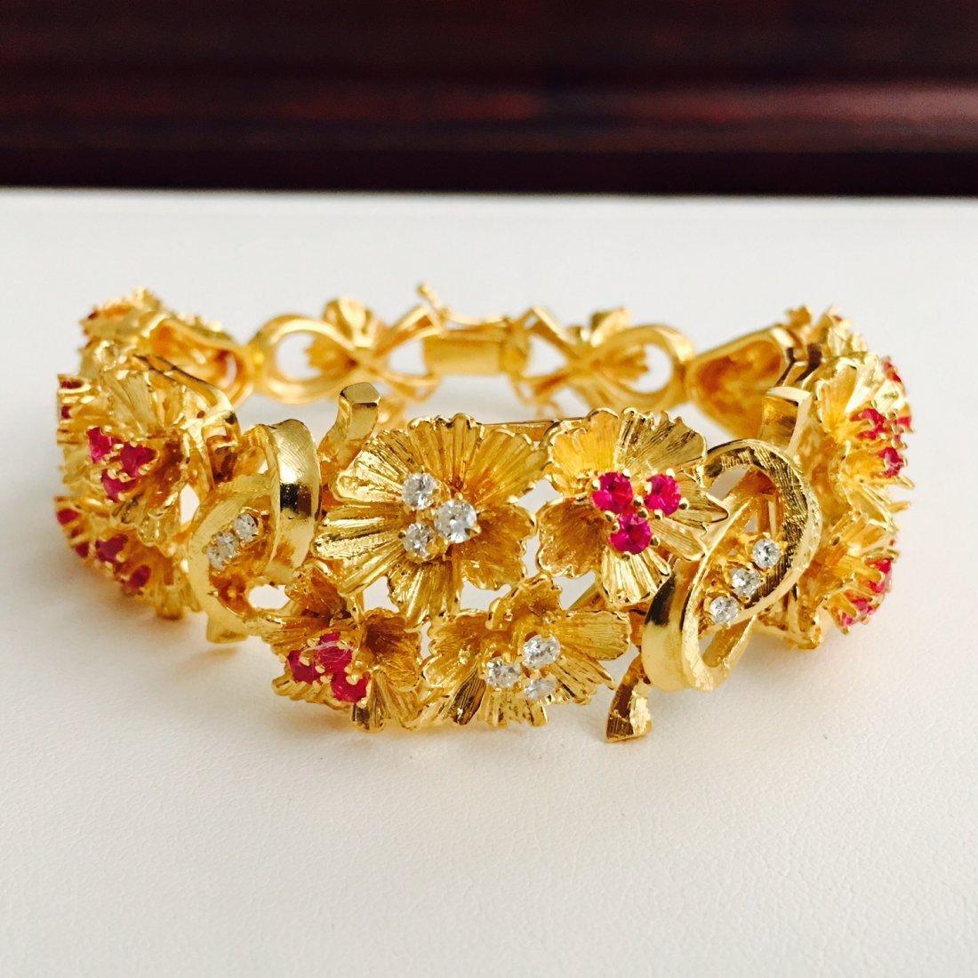 Vinatge 18K Gold 7 CARAT Burma Ruby Diamond Bracelet