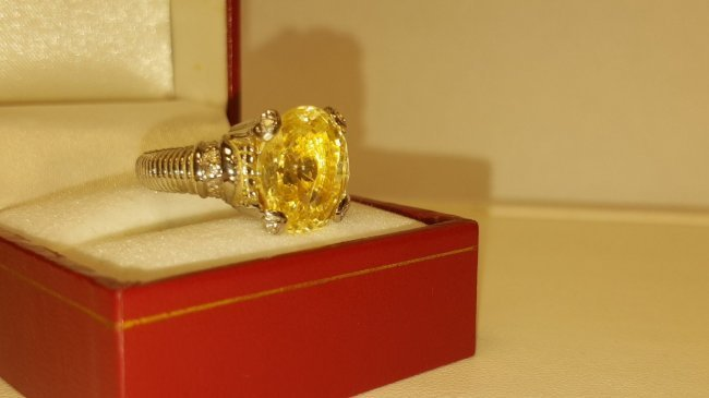 18K Gold No heat Yellow sapphire & Diamond Ring AGI NY