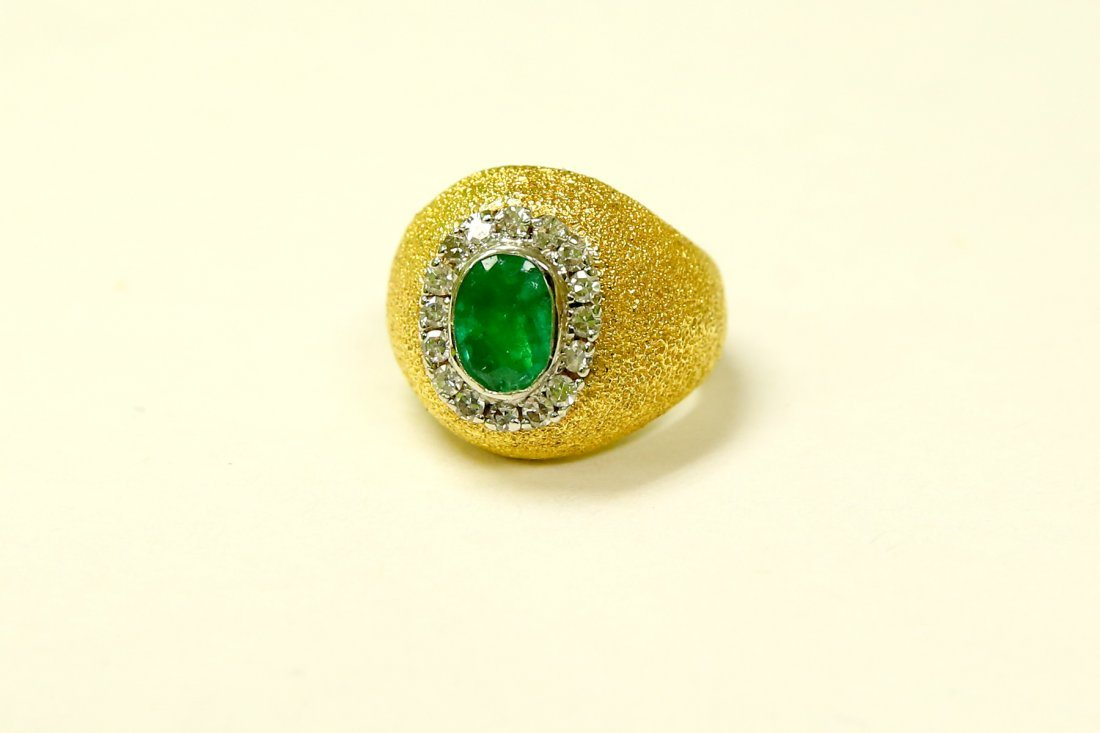 18k Gold Vintage Emerald And Diamond Ring