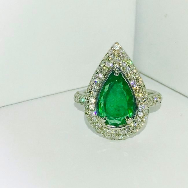 18k Gold & Platinum, Colombian Emerald and Diamond Ring
