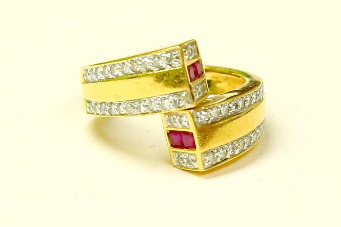 18k Gold High quality Diamond And Burma Ruby Ring
