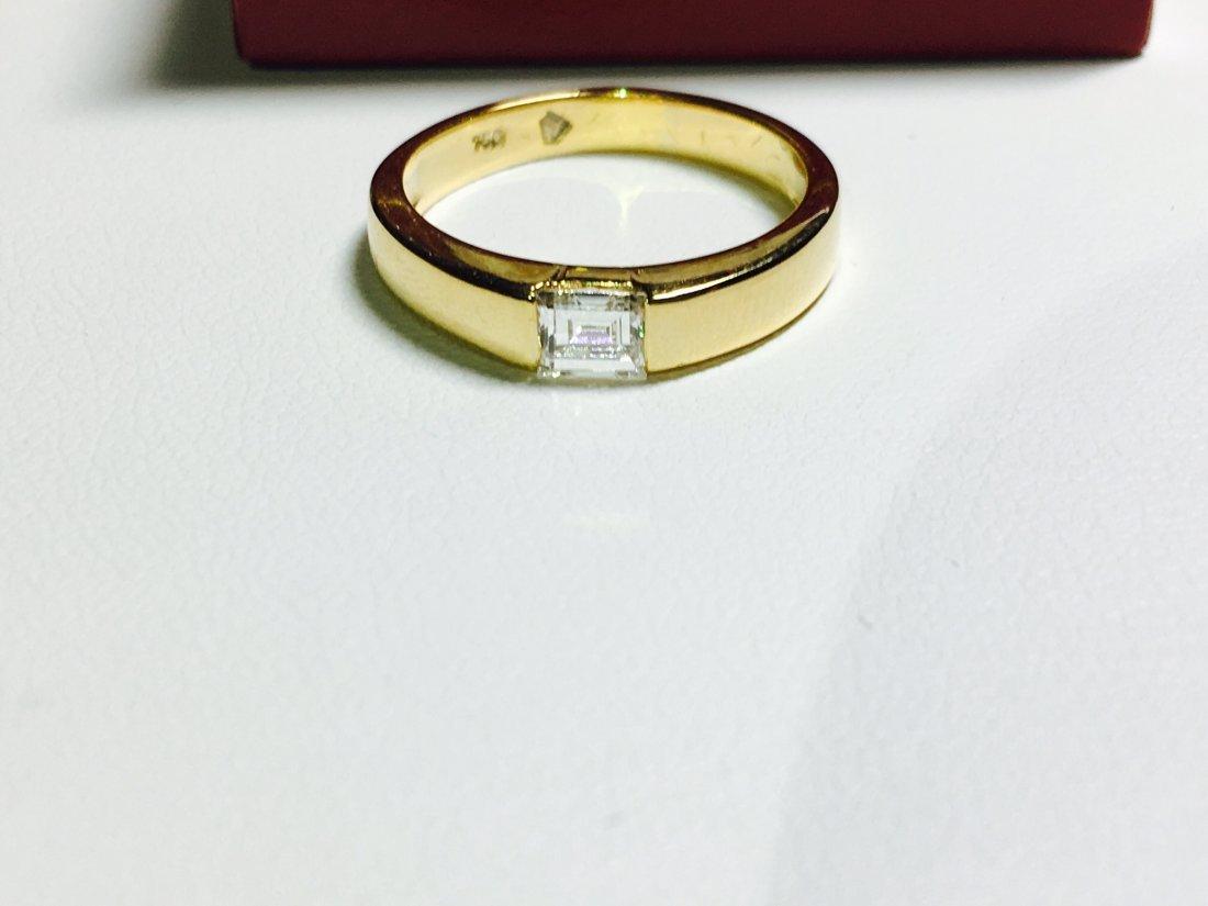 18K GOLD EMERALD CUT DIAMOND ENAGEMENT RING