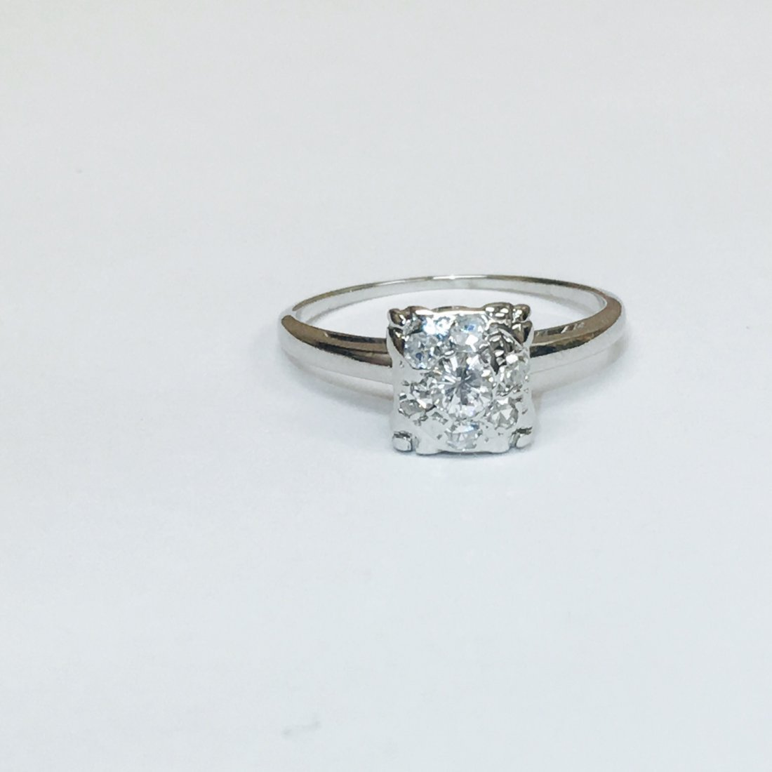 14K White Gold, VVS Clarity Diamond Ring