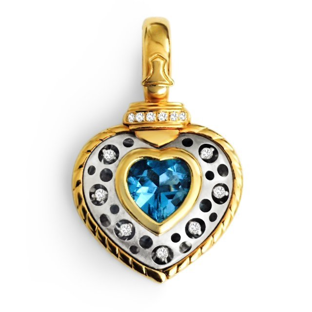 18k Gold Natasha C Diamond Pendant VVS CLARITY DIAMONDS