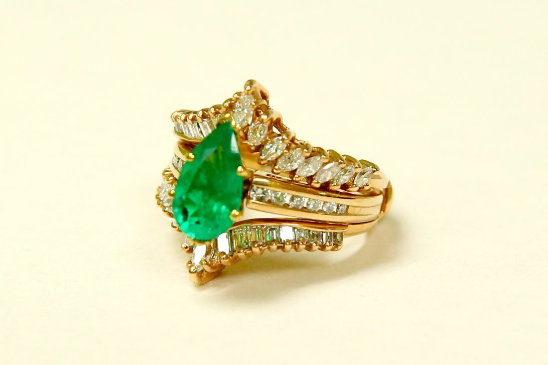 14k Gold 5.00 CARAT Diamond & EMERALD Engagement Ring