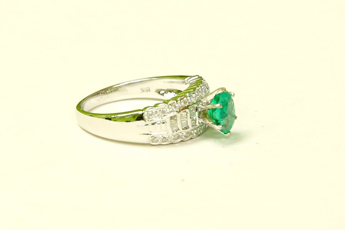 18K GOLD Colombian Emerald & VS Diamond Engagement Ring - 2