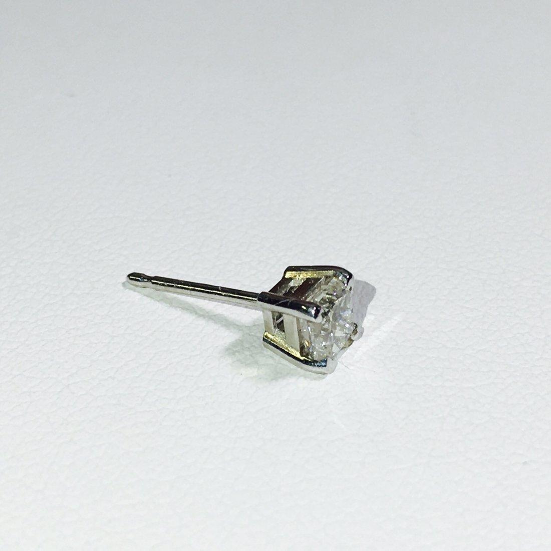 14K White Gold 0.30 CT Diamond Stud/Earring. - 2