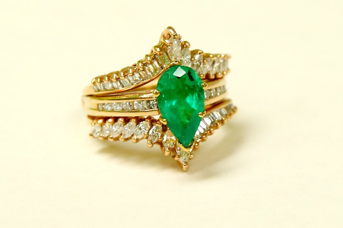 14k Gold 5.00 CARAT Diamond & EMERALD Engagement Ring