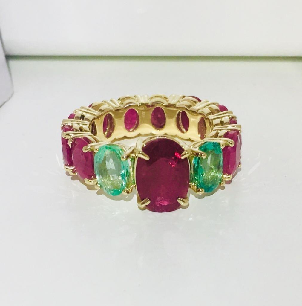 12.70 TCW ruby & emerald gemstone; 14k gold ring
