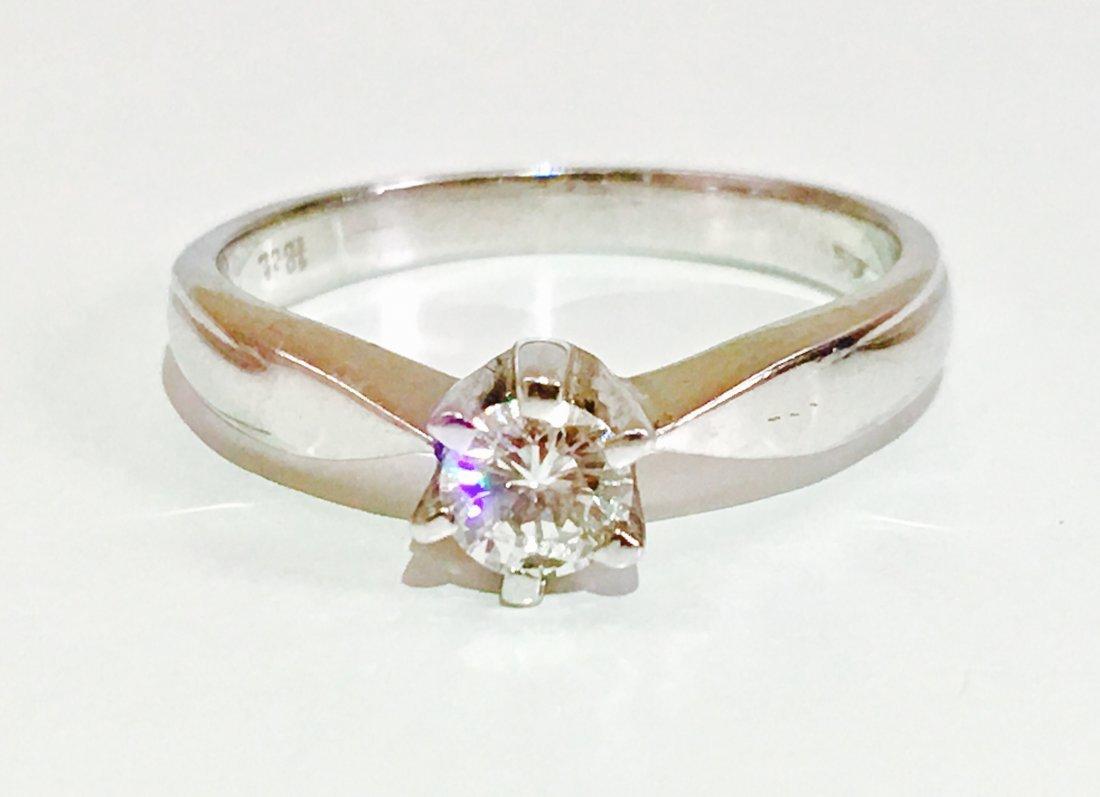 18K 750, 0.35 carat VS/G Diamond Engagement Ring