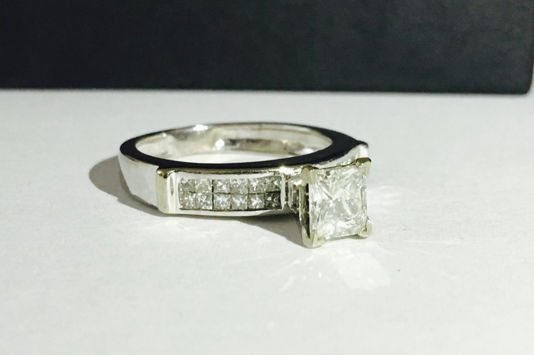 14k White Gold Princess Cut Diamond Ring - 3