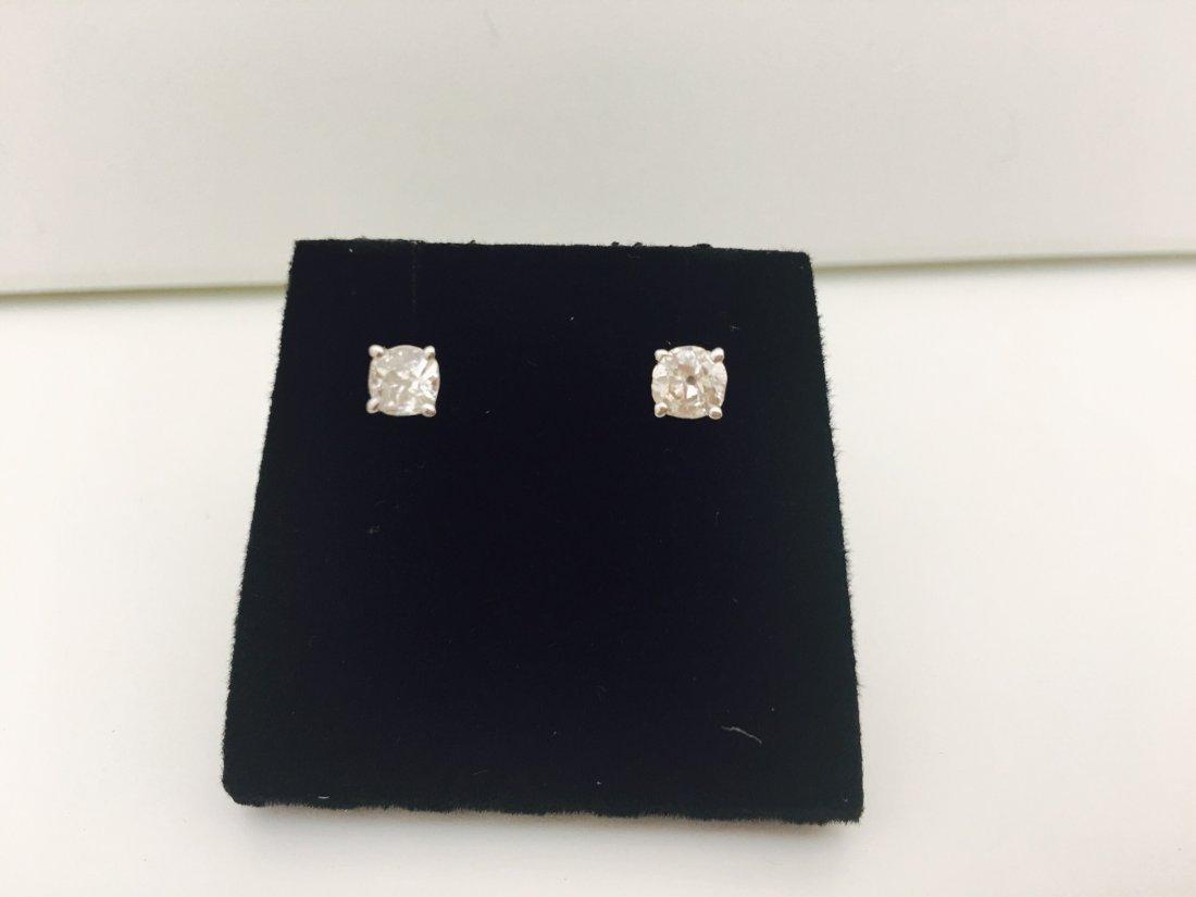 14K white gold, 0.80 Ct old mine diamond earrings/stud