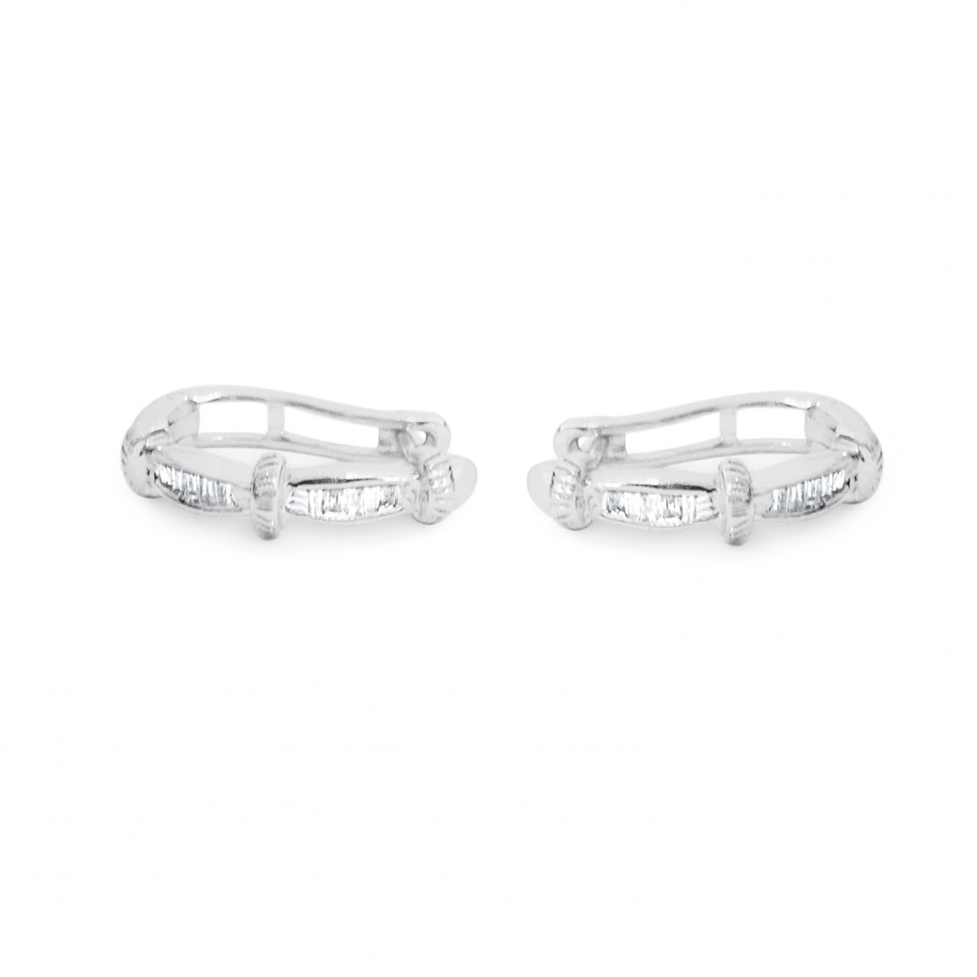 14K white gold. G color and SI clarity Diamond Earrings