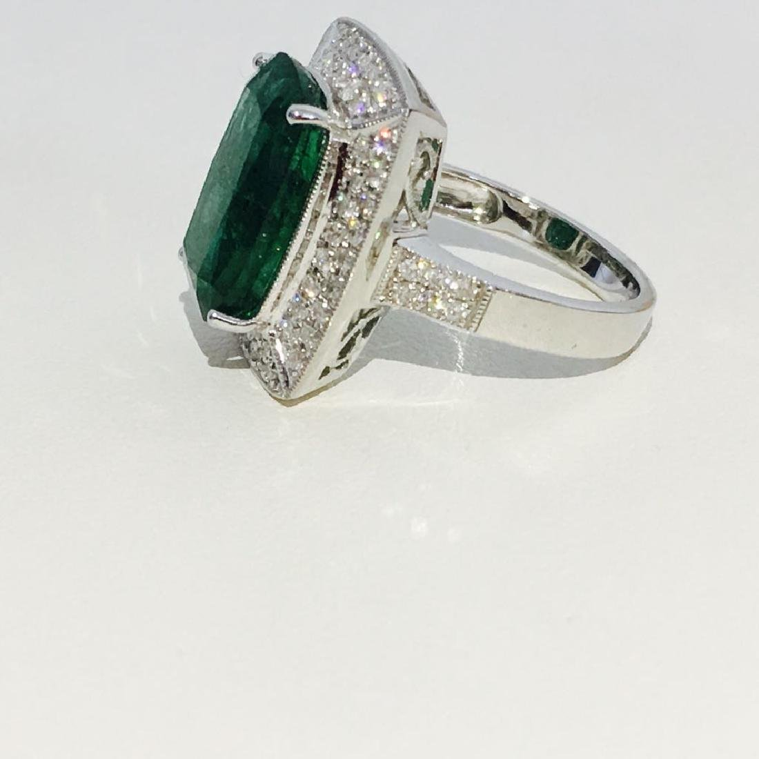 14K Gold, 100% natural 7.25 CT Emerald and Diamond Ring - 2