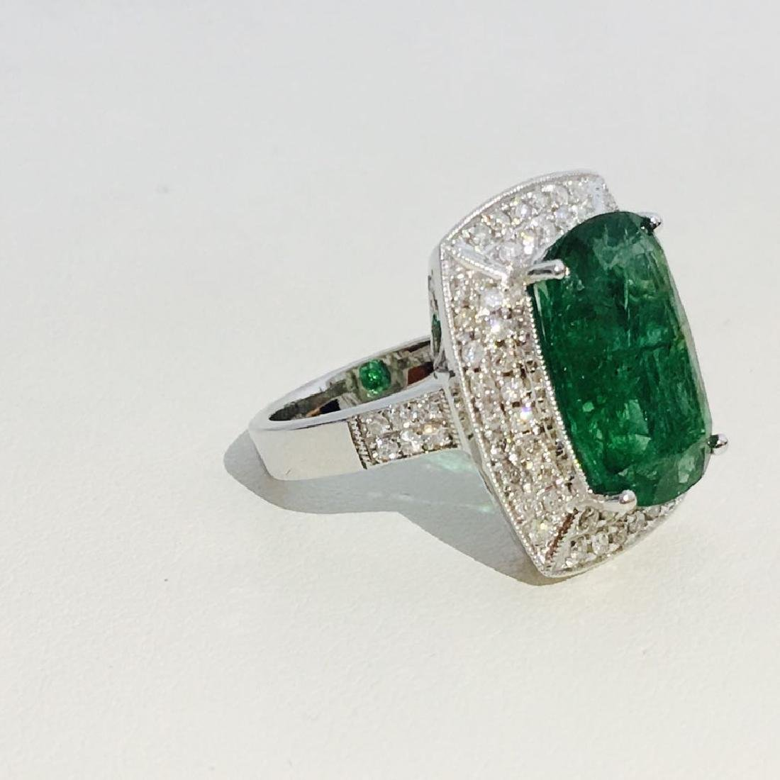 14K Gold, 100% natural 7.25 CT Emerald and Diamond Ring - 3