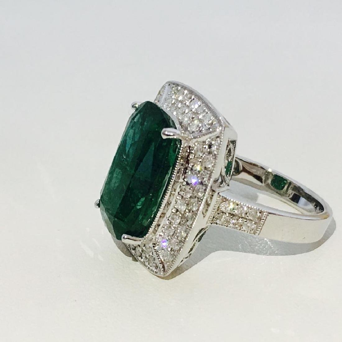 14K Gold, 100% natural 7.25 CT Emerald and Diamond Ring - 4