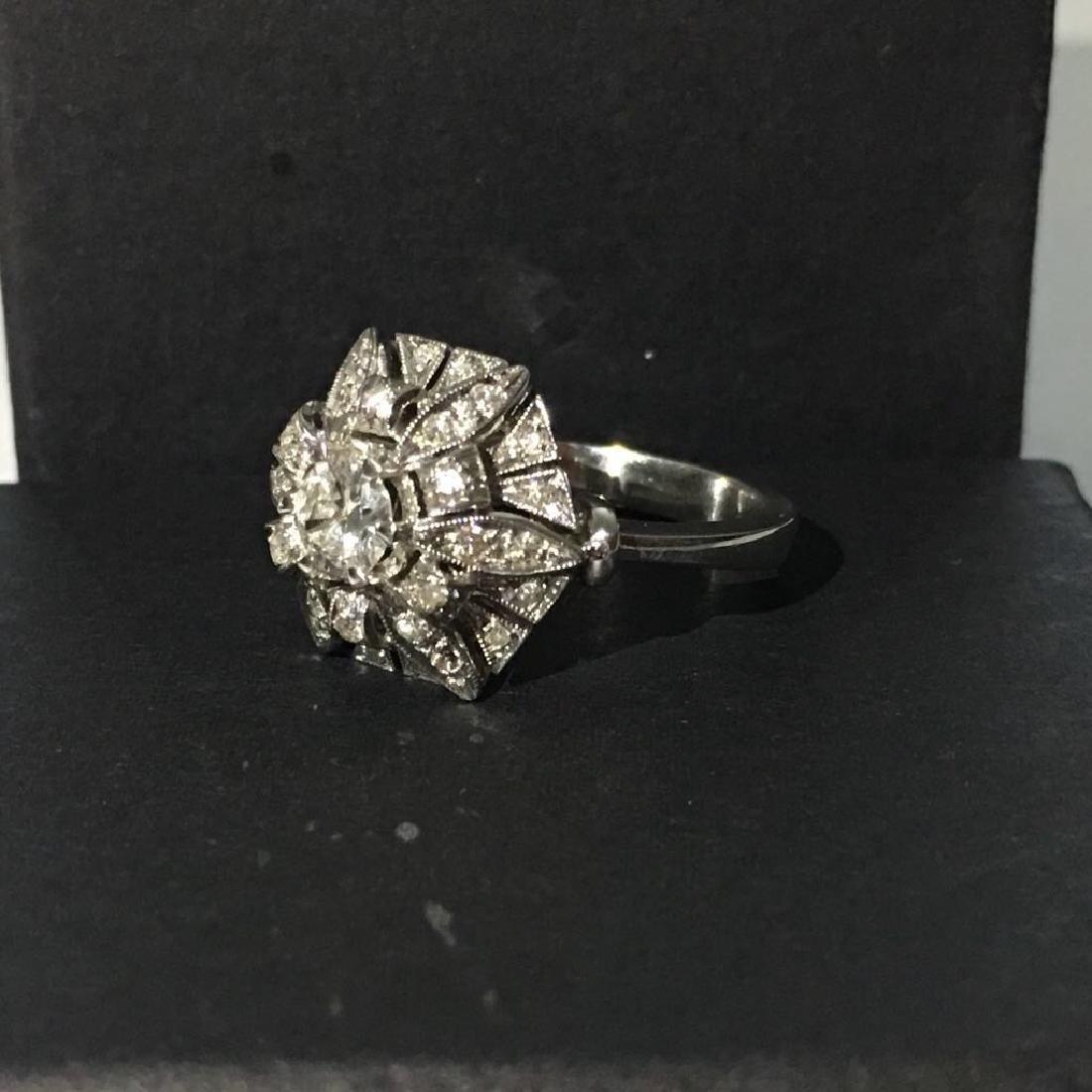 18K White Gold, 2.05 Carat VS-G Vintage Diamond Ring - 3