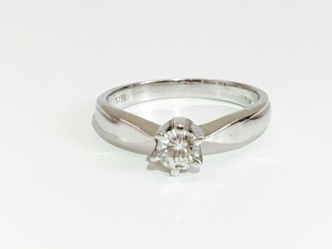 18K 750, 0.35 carat VS/G Diamond Engagement Ring - 3