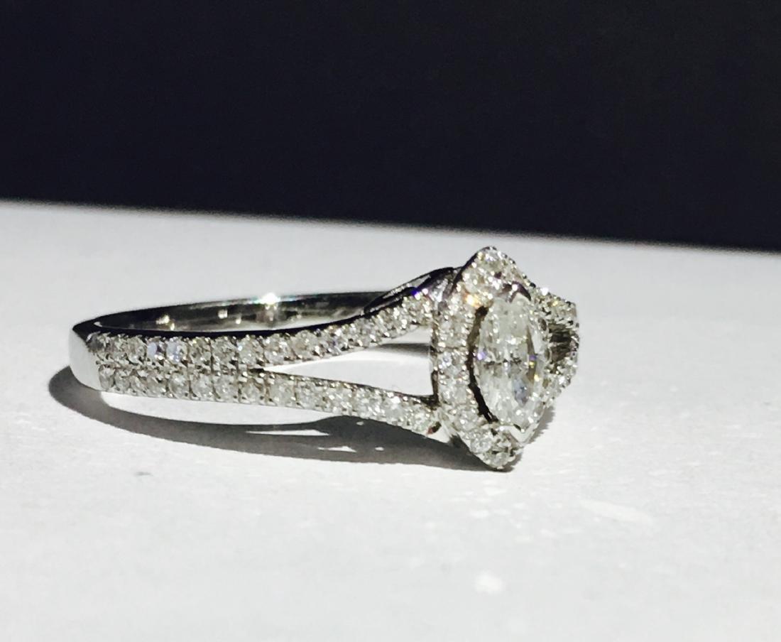 14K white gold, 0.48 carat Diamond Engagement Ring - 3