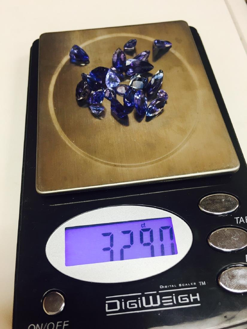32.90 Carat Tanzanite Lot - 3