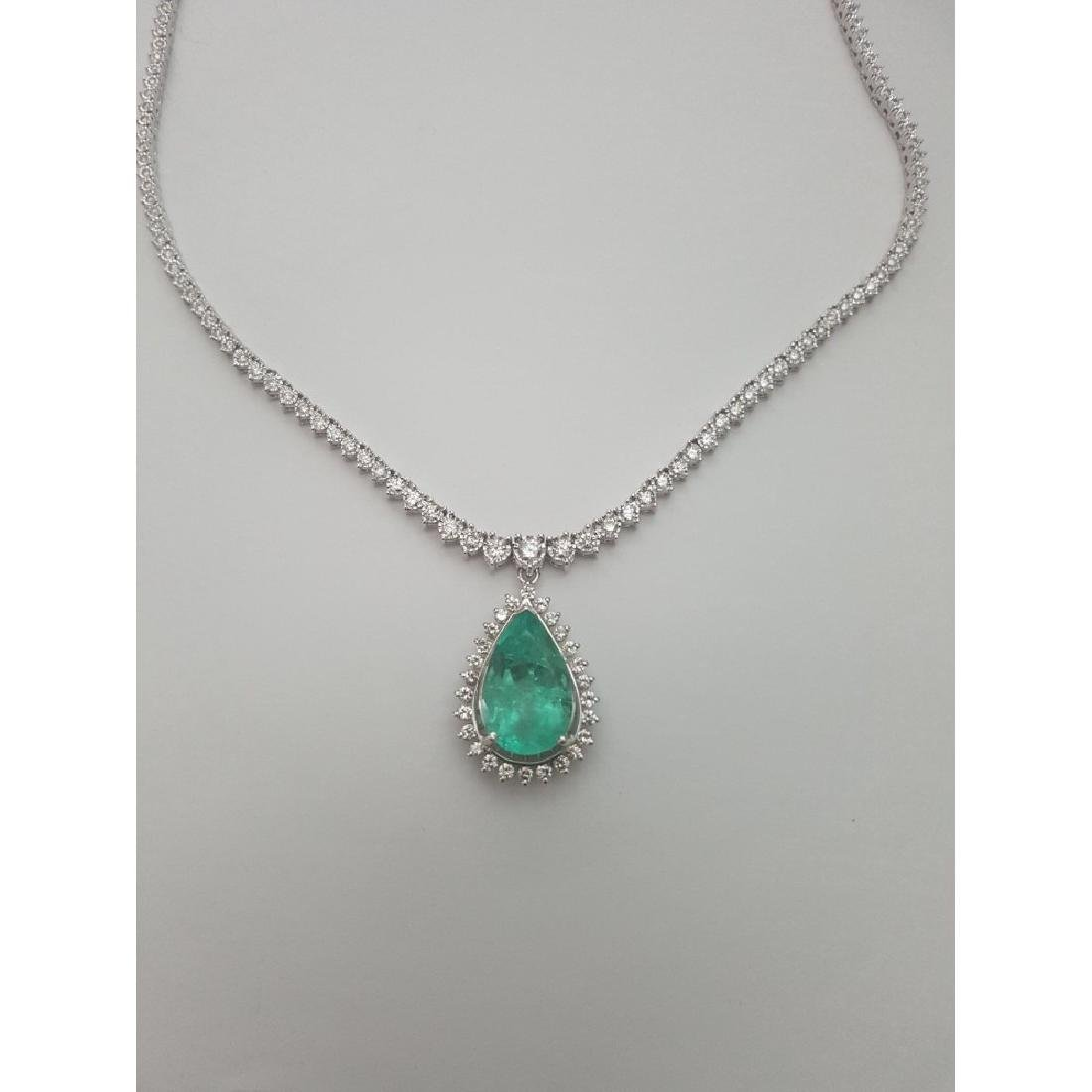 14K Gold, 12ct 100% Natural Colombian Emerald Necklace - 2