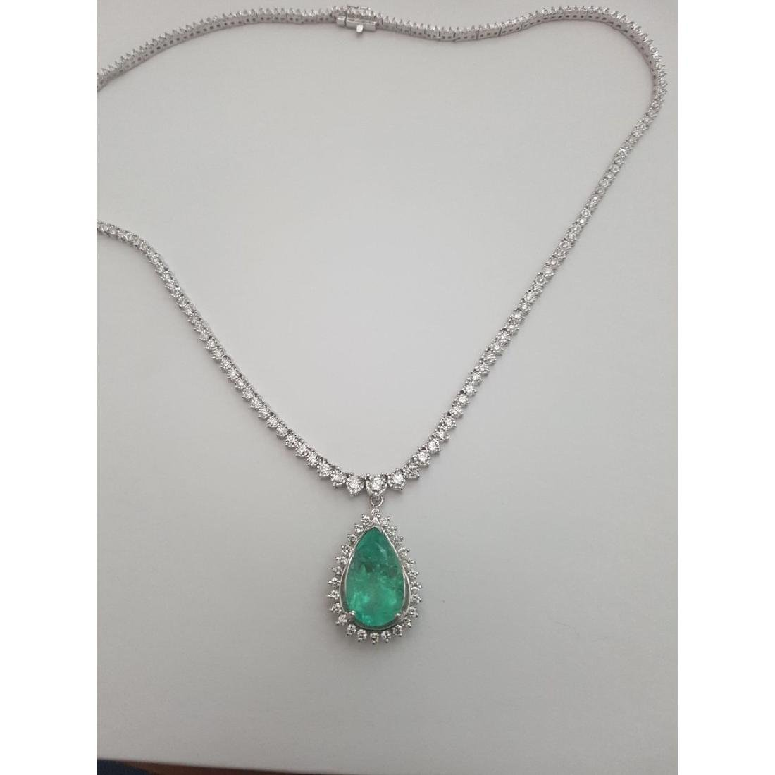 14K Gold, 12ct 100% Natural Colombian Emerald Necklace - 4