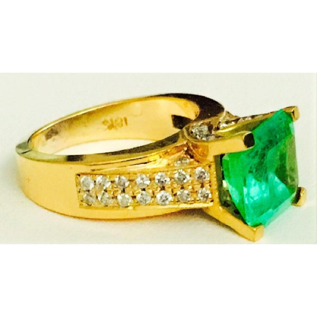 18k Gold, Diamond And Colombian Emerald Ring (GIA) - 2