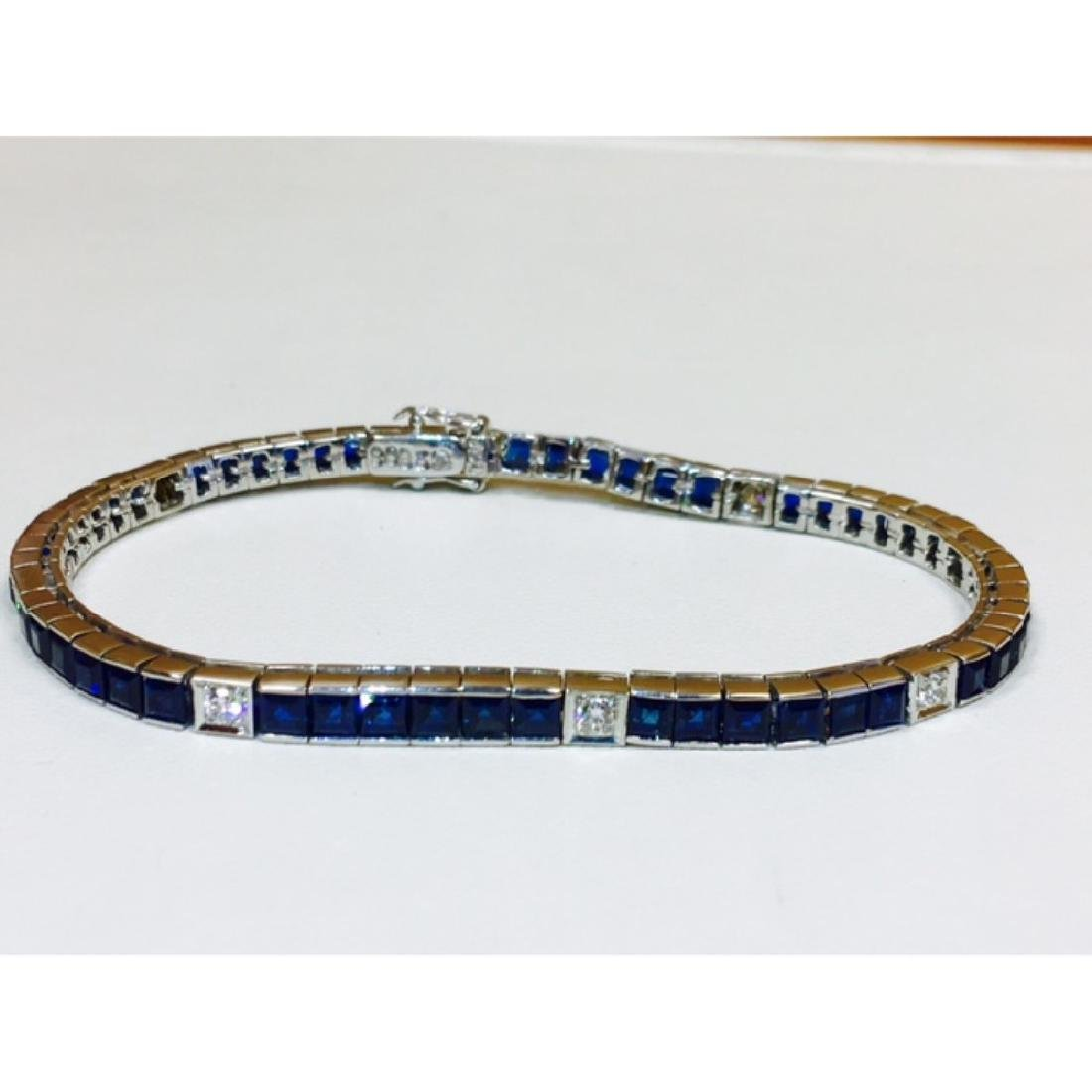18K, 4.00 Carat Blue Sapphire and Diamond Bracelet