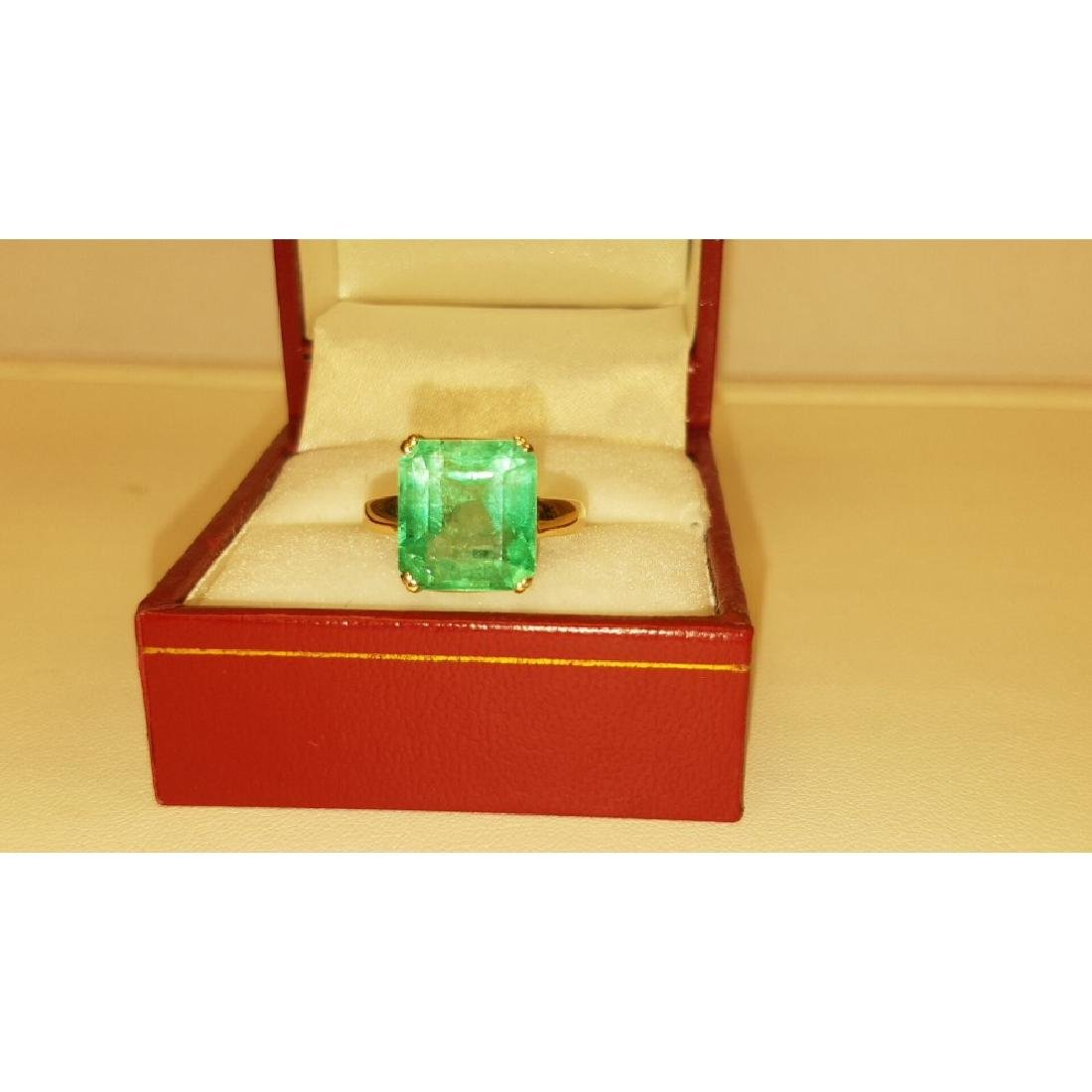 14K Yellow Gold, 6.00 Carat Solitaire Emerald Ring - 3