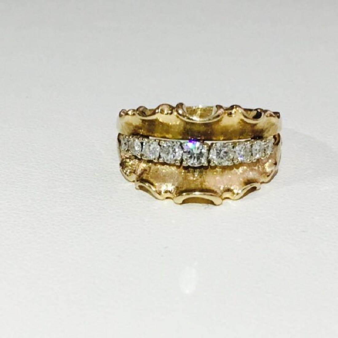 14K Yellow Gold, 1.10 Carat VINTAGE White Diamond Ring.