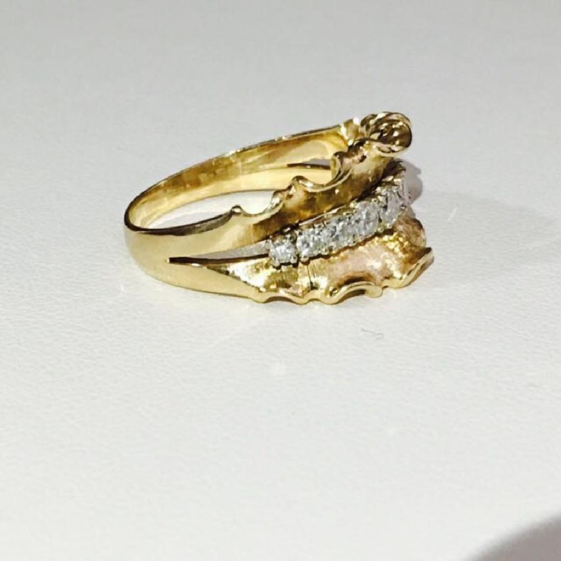 14K Yellow Gold, 1.10 Carat VINTAGE White Diamond Ring. - 3