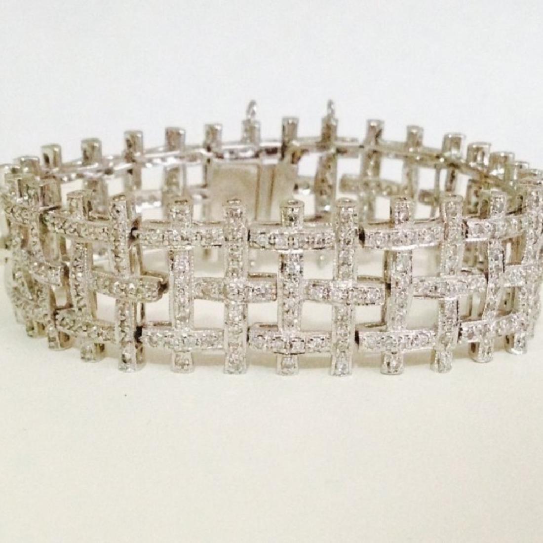 5 CARAT DIAMOND BRACELET SET IN 14K WHITE GOLD $17,750