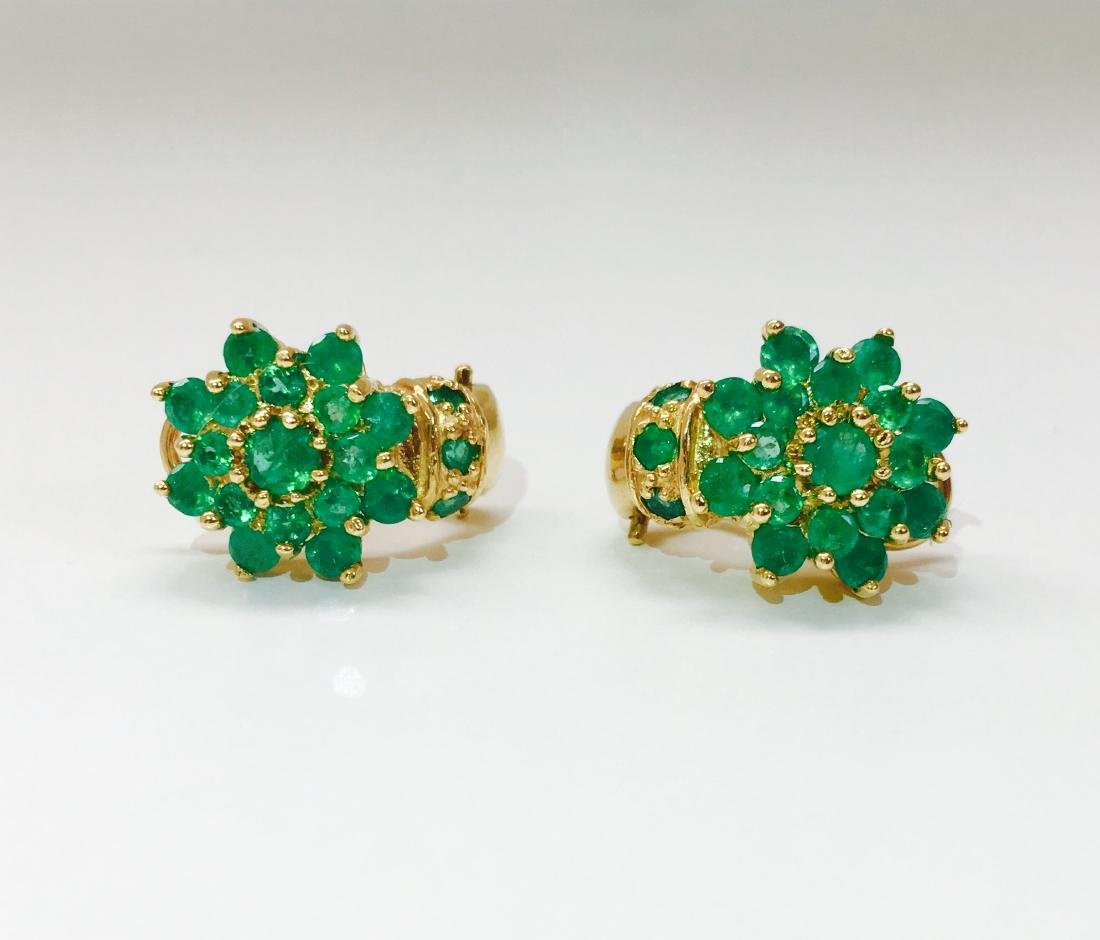 18K Gold and 11.00 CT Emerald Vintage Earrings $11,000 - 2