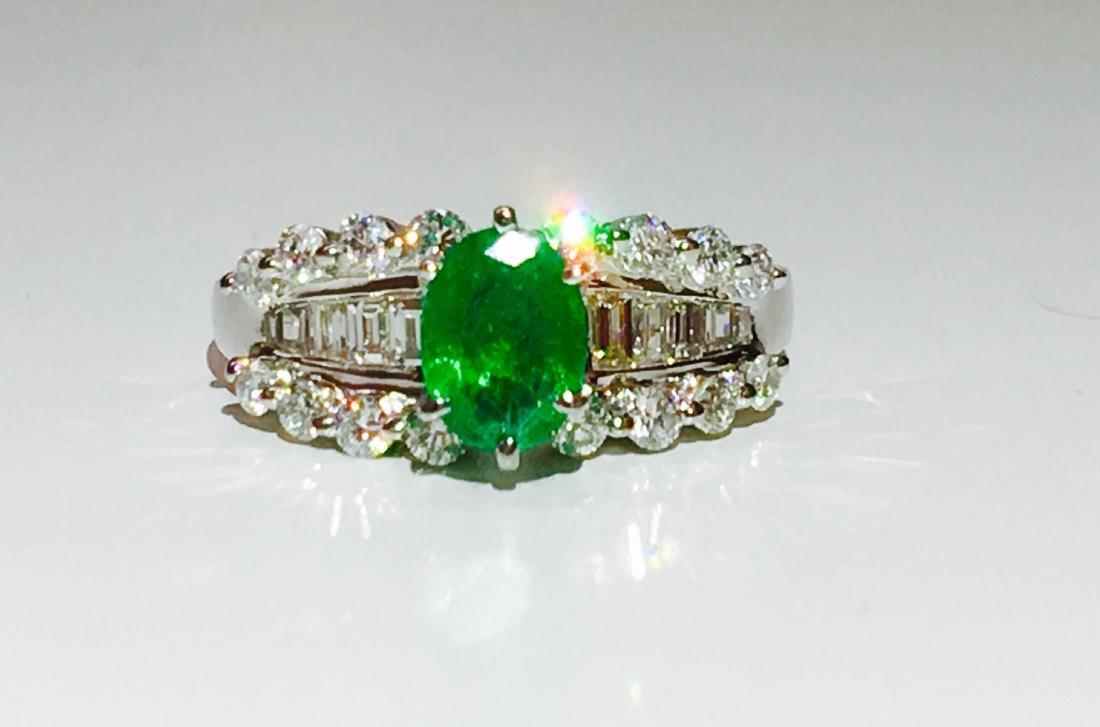 14K white gold, Emerald and VS diamond Ring