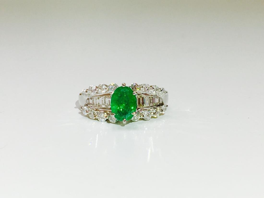 14K white gold, Emerald and VS diamond Ring - 4