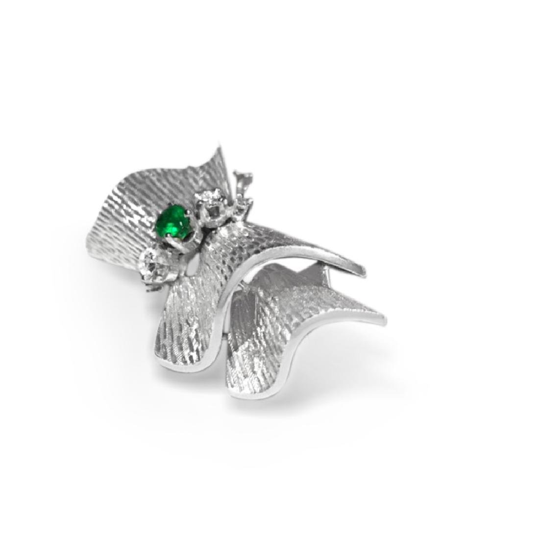 18k White Gold VINTAGE. DIAMOND AND EMERALD PIN - 2