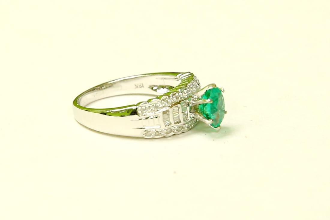18K GOLD Colombian Emerald & VS Diamond Engagement Ring - 2