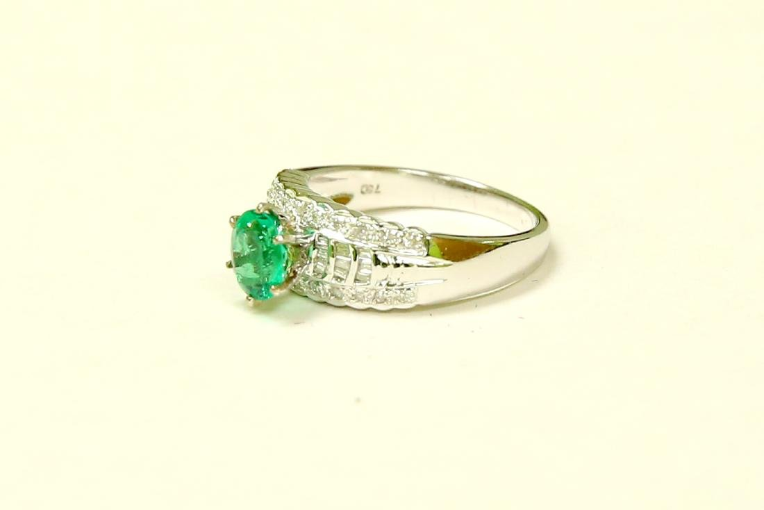 18K GOLD Colombian Emerald & VS Diamond Engagement Ring - 3