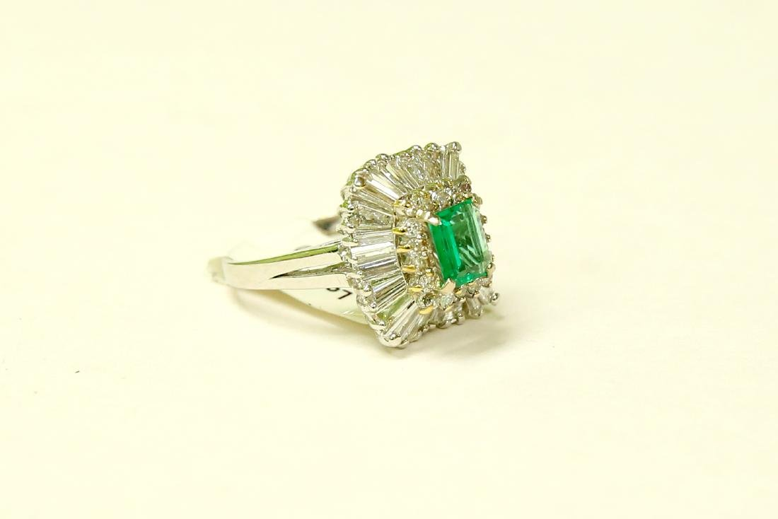 14K, High Quality Colombian Emerald and Diamond Ring - 3