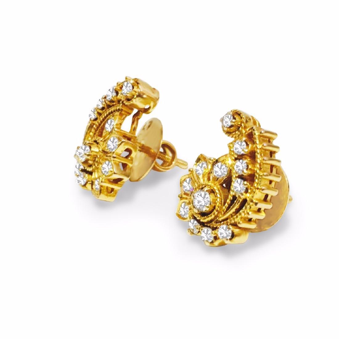 18K Yellow Gold 1 carat vintage Diamond Earrings. - 2