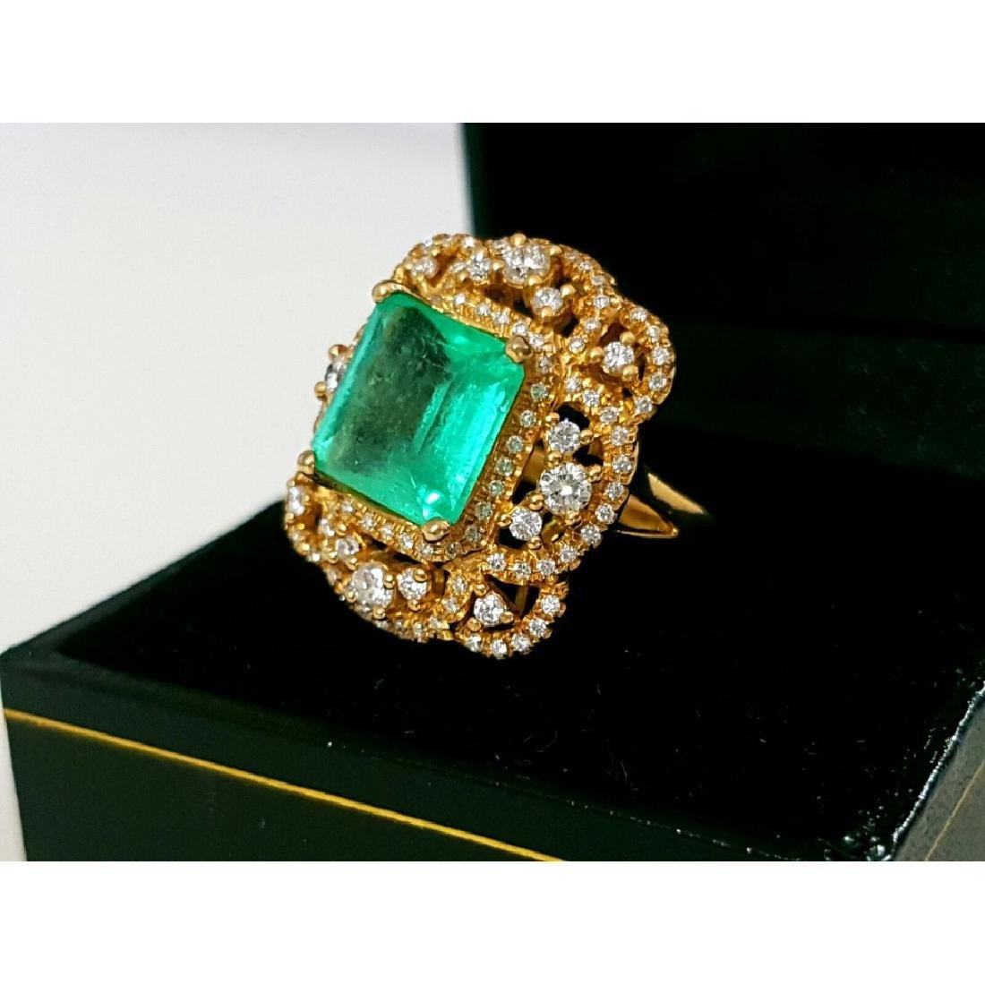 18k Gold Vintage 6 ct Emerald Diamond Cocktail Ring - 4