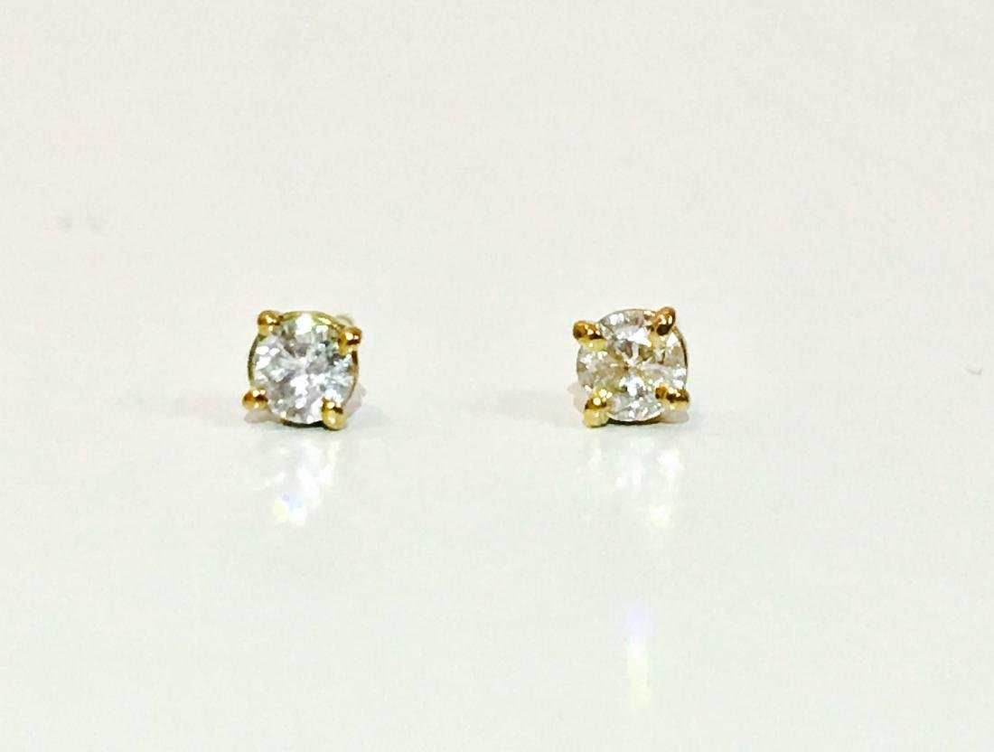 14K Yellow gold. 0.25 CT Diamond Studs/Earrings - 4