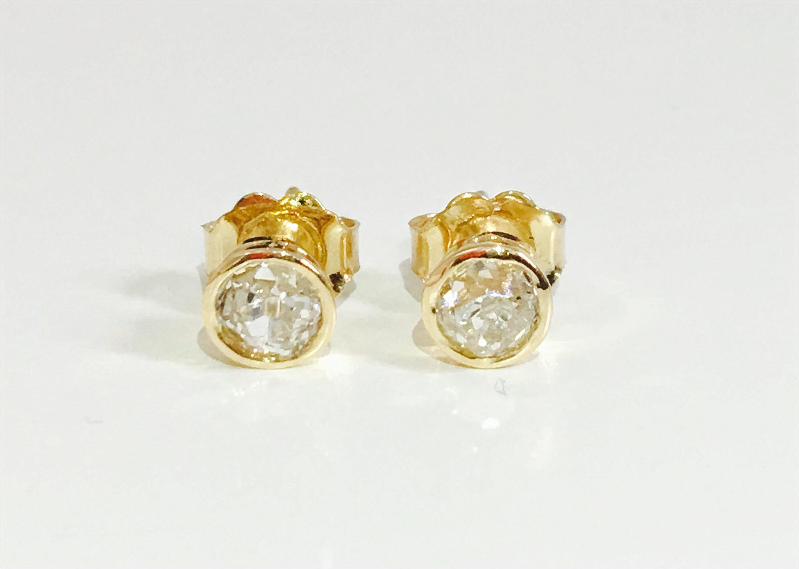 14k yellow gold and old mine cut diamond earrings studs