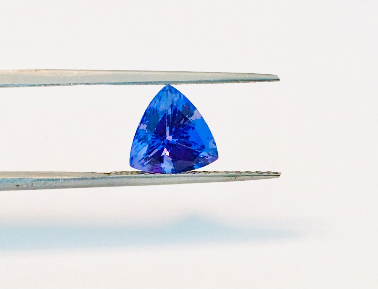 100% Natural AAA 2.70 Carat Loose Tanzanite Gemstone