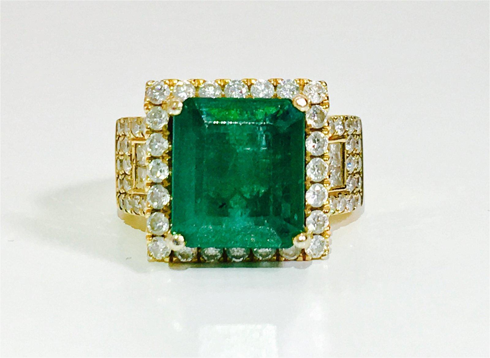 14K Gold, 7.50 Carat Diamond & Emerald Ring.