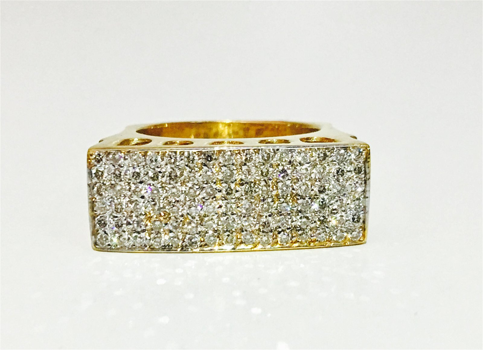 18K Gold, 3.00 Carat VS Diamond Cluster Ring