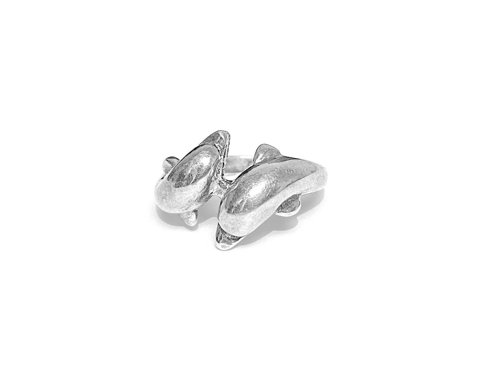 Vintage Dolphin Motif Ladies Sterling Silver Ring