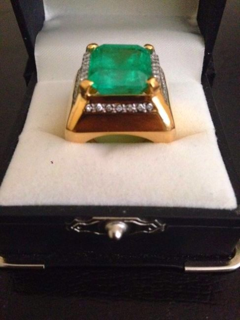 Colombian Emerald Diamond Ring Certified Retail $41500